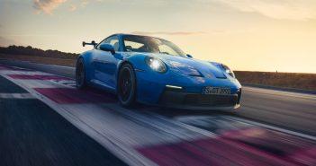 일상과 레이싱을 동시에 잡은 포르쉐 911 GT3 출시